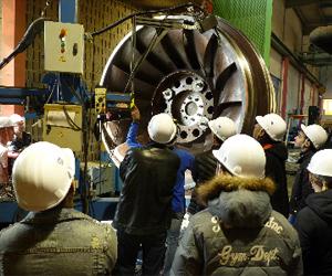 Turbine Francis en cours de réparation à l'atelier SRH de Pont de Claix Crédit photos EDF-UP Alpes